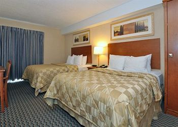 Comfort Inn Airport West, ON L4W3Z4 near Toronto Pearson International Airport View Point 4