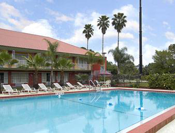 Days Inn Cocoa Cruiseport West At I-95/528, FL 32926 near Melbourne International Airport View Point 4