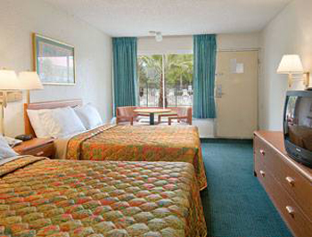 Days Inn Cocoa Cruiseport West At I-95/528, FL 32926 near Melbourne International Airport View Point 3