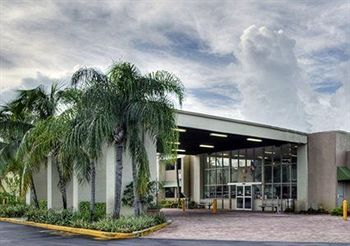 Rodeway Inn & Suites Airport/Cruise Port, FL 33312 near Fort Lauderdale-hollywood International Airport View Point 0