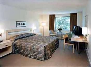 Quality Hotel Airport South, BC V6X 1A1 near Vancouver International Airport View Point 2