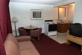 Seatac Crest Motor Inn, WA 98188 near Seattle-tacoma International Airport View Point 3