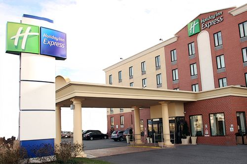 Holiday Inn Express Kennedy Airport, NEW YORK 11434