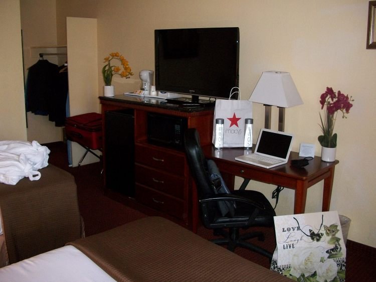 Hotel V - South San Francisco/SFO, CA 94080  near San Francisco International Airport View Point 4
