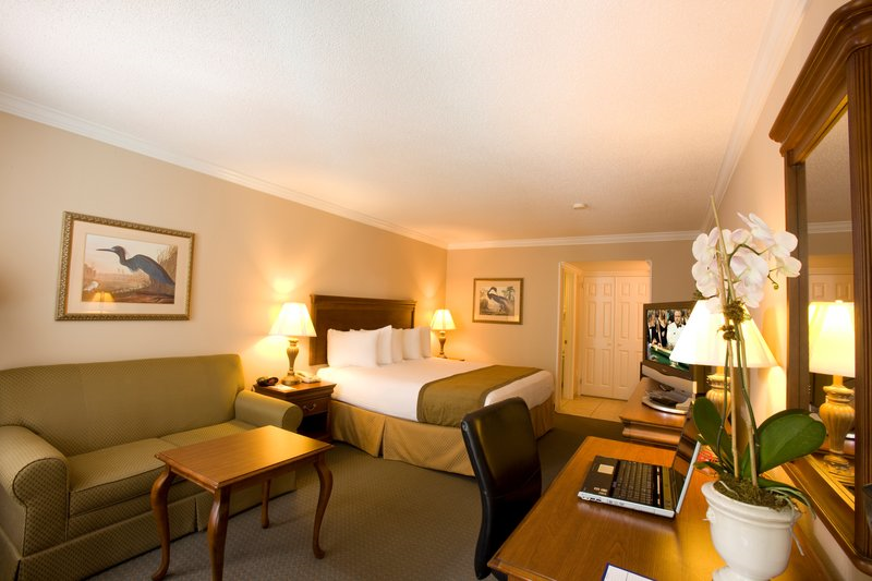 Best Western Plus Westbank, LA 70058 near Louis Armstrong New Orleans International Airport  View Point 2