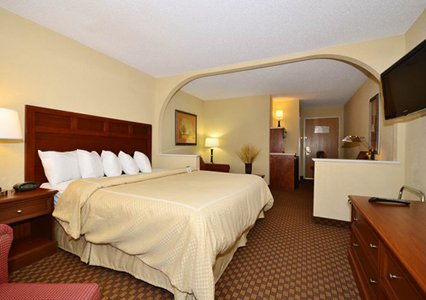 Quality Suites San Antonio, Texas 78218 near San Antonio International Airport View Point 3