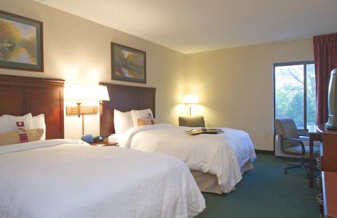 Hampton Inn Rochester-North, NY 14615 near Greater Rochester International Airport View Point 4