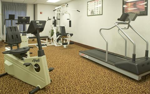 Hampton Inn Rochester-North, NY 14615 near Greater Rochester International Airport View Point 5