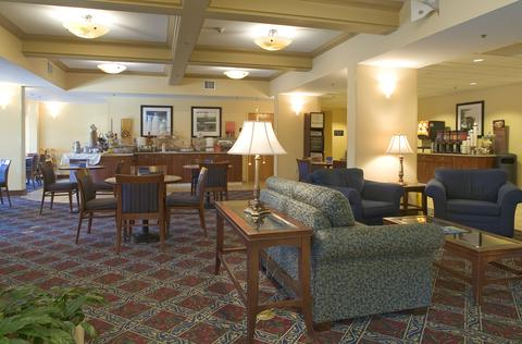 Hampton Inn Rochester-North, NY 14615 near Greater Rochester International Airport View Point 2