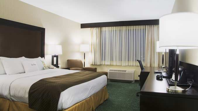 Doubletree Chicago Alsip, IL 60803 near Midway International Airport View Point 3