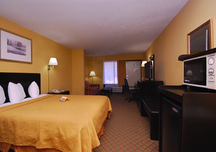Quality Inn Airport MCO, Fl 32809  near Orlando International Airport View Point 3