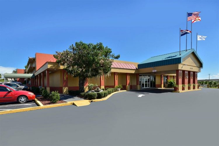 Americas Best Value Inn Cocoa Port Canaveral, FL 32926 near Melbourne International Airport