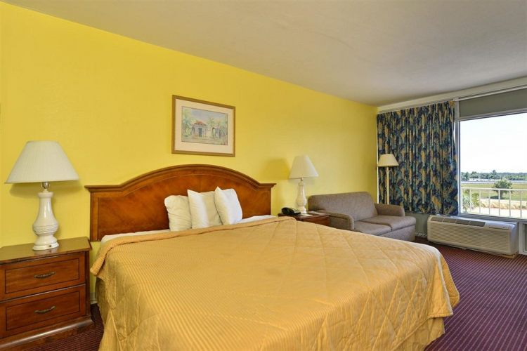 Americas Best Value Inn Cocoa Port Canaveral, FL 32926 near Melbourne International Airport View Point 4