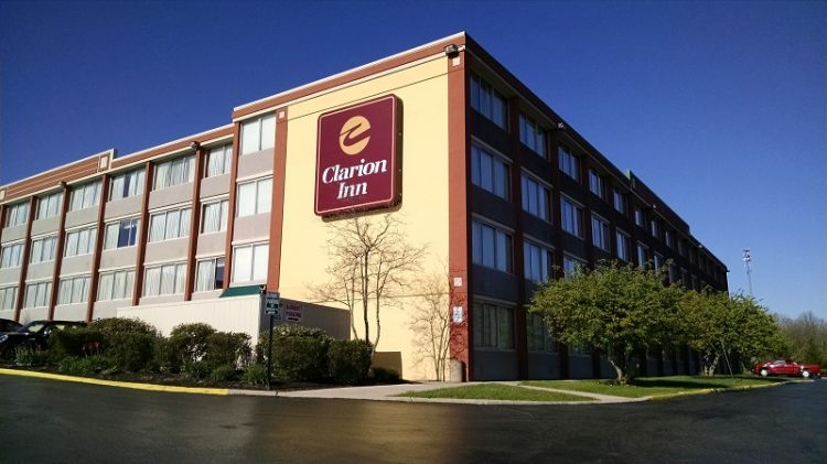 Clarion Inn Dayton Airport Englewood, OH 45322 near James M. Cox International Airport View Point 1