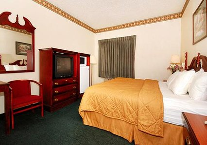 Comfort Inn & Suites Dayton, OH 45415 near James M. Cox International Airport View Point 3