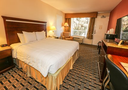 Quality Inn Hotel Amp Conference Center Tampa Formerly The Clarion Fl Tpa Airport Park Sleep Hotels