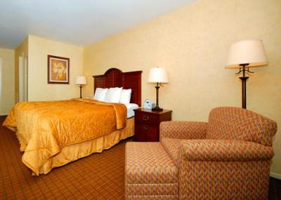 Quality Inn Pittsburgh Airport, PA 15071 near Pittsburgh International Airport View Point 4