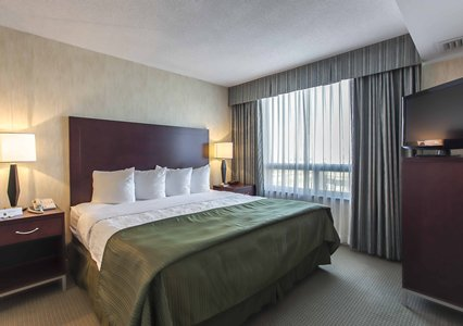 Quality Suites Montreal Aeroport, Quebec H9R1B9 near Montreal-Pierre Elliott Trudeau Int. Airport View Point 6