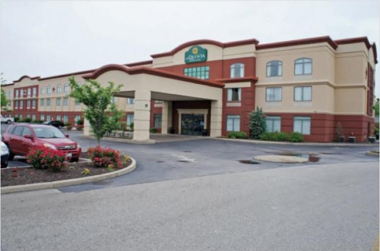 La Quinta Inn & Suites St Louis Airport-Riverport
