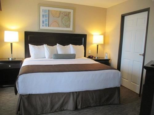 Best Western Plus St. Rose Pkwy/Las Vegas South Hotel, NV 89015 near Mccarran International Airport View Point 3