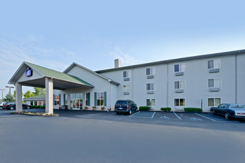 Best Western Flint Airport Inn & Suites, MI  48507 near Bishop International Airport View Point 1