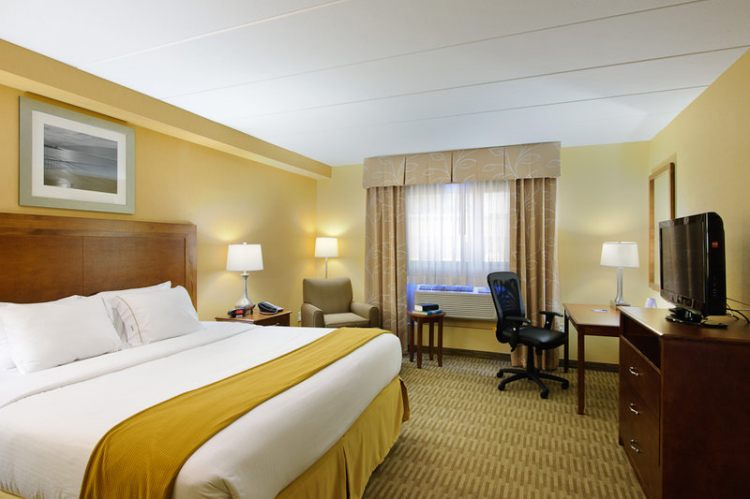 Holiday Inn Express Philadelphia Airport, PA 19113 near Philadelphia International Airport View Point 5