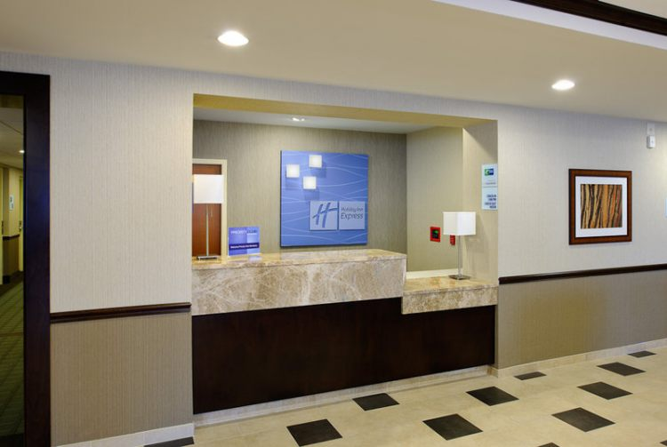 Holiday Inn Express Philadelphia Airport, PA 19113 near Philadelphia International Airport View Point 2