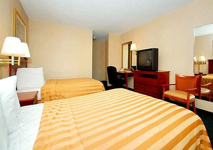 Quality Inn, PA 19029 Near Philadelphia International Airport View Point 3