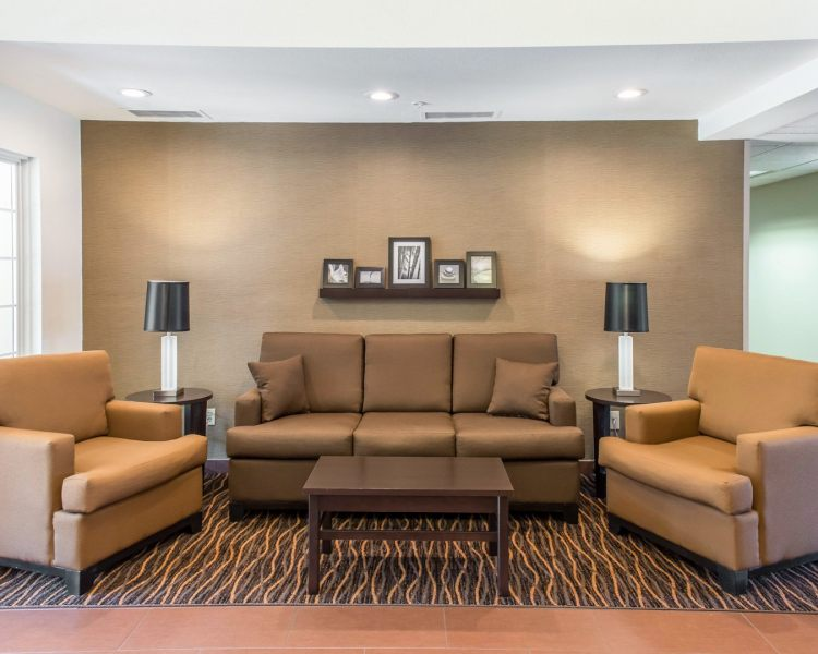 Mainstay Suites Pittsburgh Airport, PA 15275 near Pittsburgh International Airport View Point 3