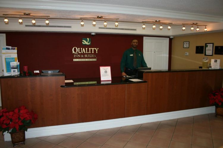 Quality Inn & Suites Charlotte Airport, NC 28208 near Charlotte/douglas International Airport View Point 1