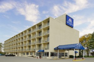 Americas Best Value Inn Cleveland, OH 44142 near Cleveland Hopkins International Airport