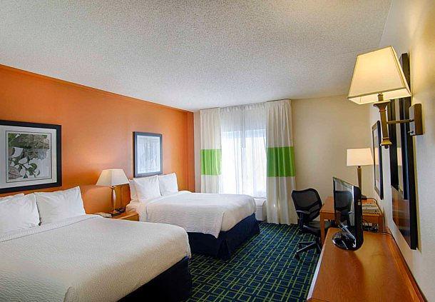Fairfield Inn Amp Suites By Marriott Newark Liberty