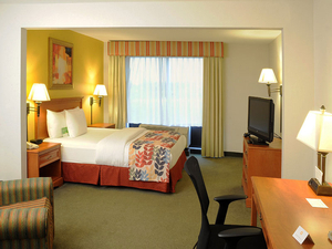 La Quinta Inn And Suites Springfield Airport Plaza, MO 65803 near Springfield-branson National Airport View Point 6