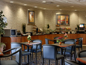 Holiday Inn El Paso Airport, TX 79925 near El Paso International Airport View Point 5