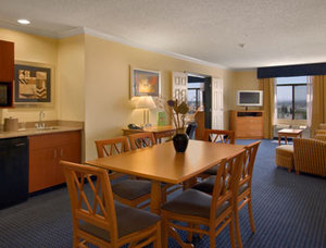 Holiday Inn El Paso Airport, TX 79925 near El Paso International Airport View Point 2