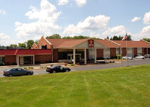 Rodeway Inn & Suites East Windsor, CT 06088 near Bradley International Airport