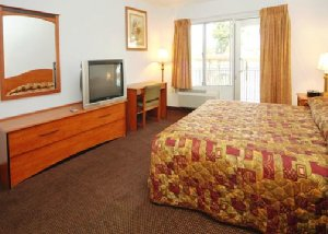 Econo Lodge Inn & Suites Oakland Airport, CA 94621 near Oakland International Airport View Point 8