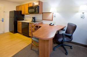 Candlewood Suites Milwaukee Airport - Oak Creek, WI 53154 near General Mitchell International Airport View Point 6