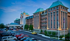 Crowne Plaza Hotel, KY 40209