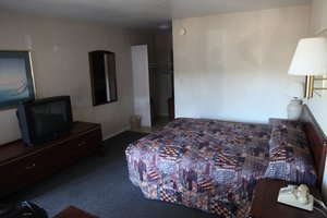 Seatac Crest Motor Inn, WA 98188 near Seattle-tacoma International Airport View Point 8