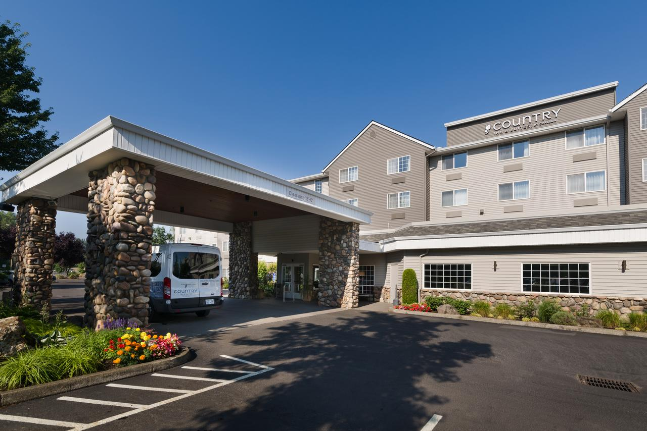 Country Inn and Suites by Radisson Portland Airport