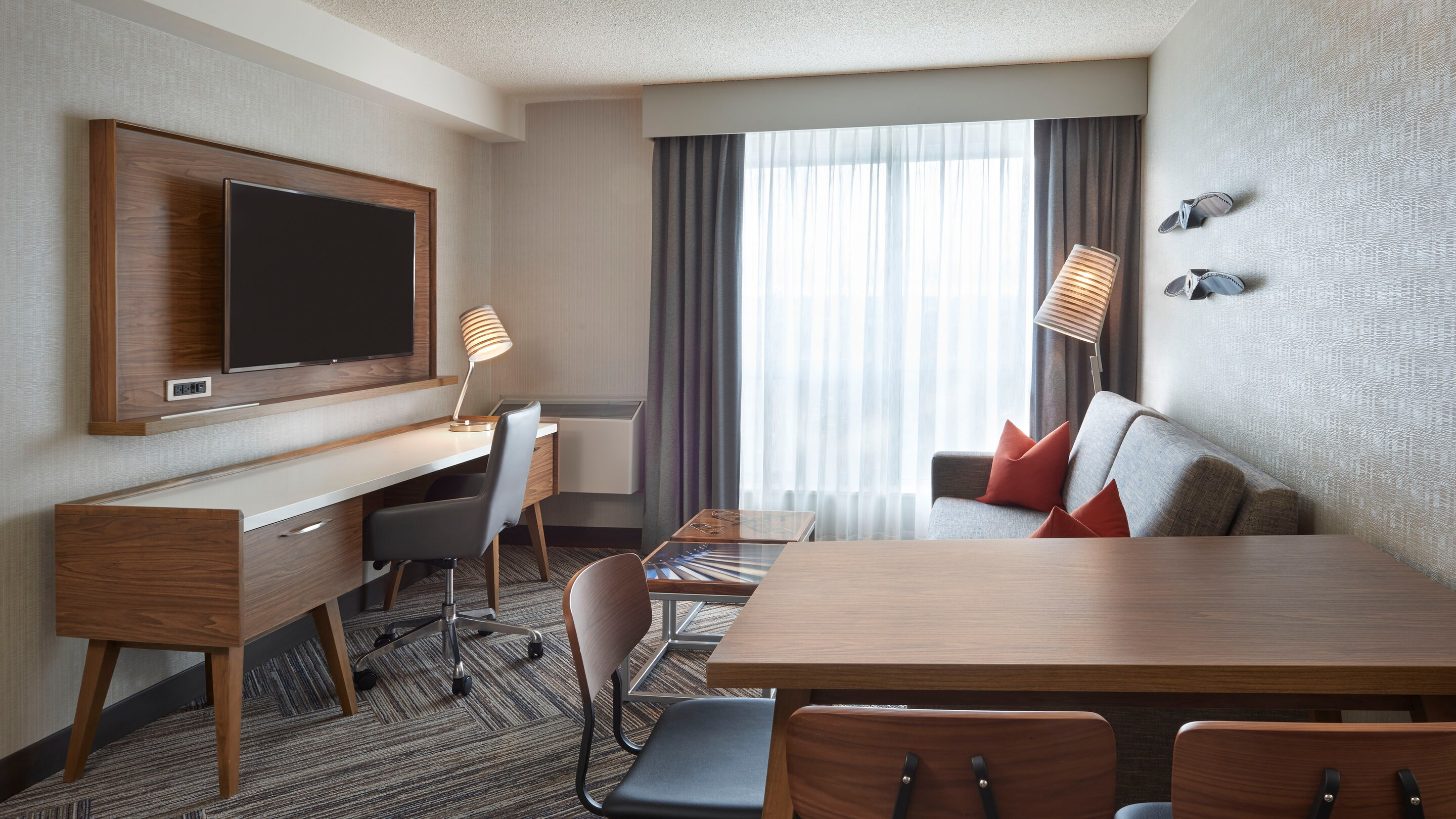 Four Points by Sheraton Toronto Airport East, ON M9P 3P1 near Toronto Pearson International Airport View Point 9