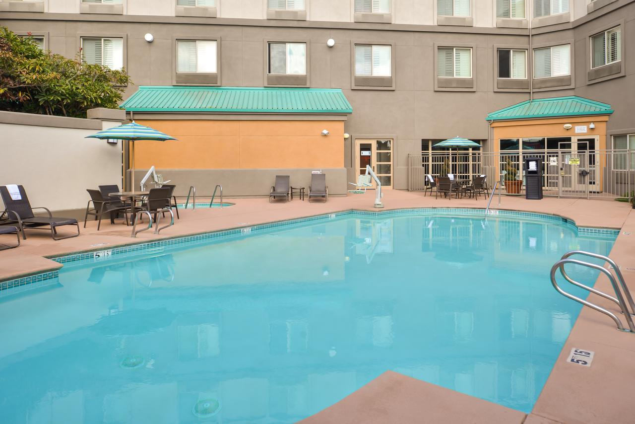 Holiday Inn Elk Grove Village, IL 60007 near Ohare International Airport View Point 8