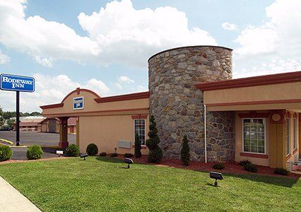 Parkway Inn Springfield, PA 19064 near Philadelphia International Airport View Point 1