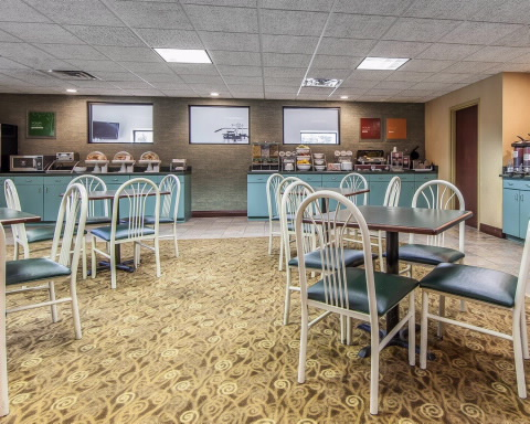 Comfort Suites Airport Alcoa, TN 37701 near Mcghee Tyson Airport View Point 7
