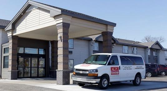 Econo Lodge Airport - Milwaukee, WI 53221 near General Mitchell International Airport