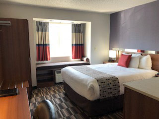 Microtel Inn Formerly the Econolodge Inn and Suites Pittsburgh Airport., PA 15275 near Pittsburgh International Airport View Point 4