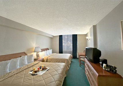 Comfort Hotel Airport North, ON, Canada M9W 6K5 near Toronto ON View Point 3