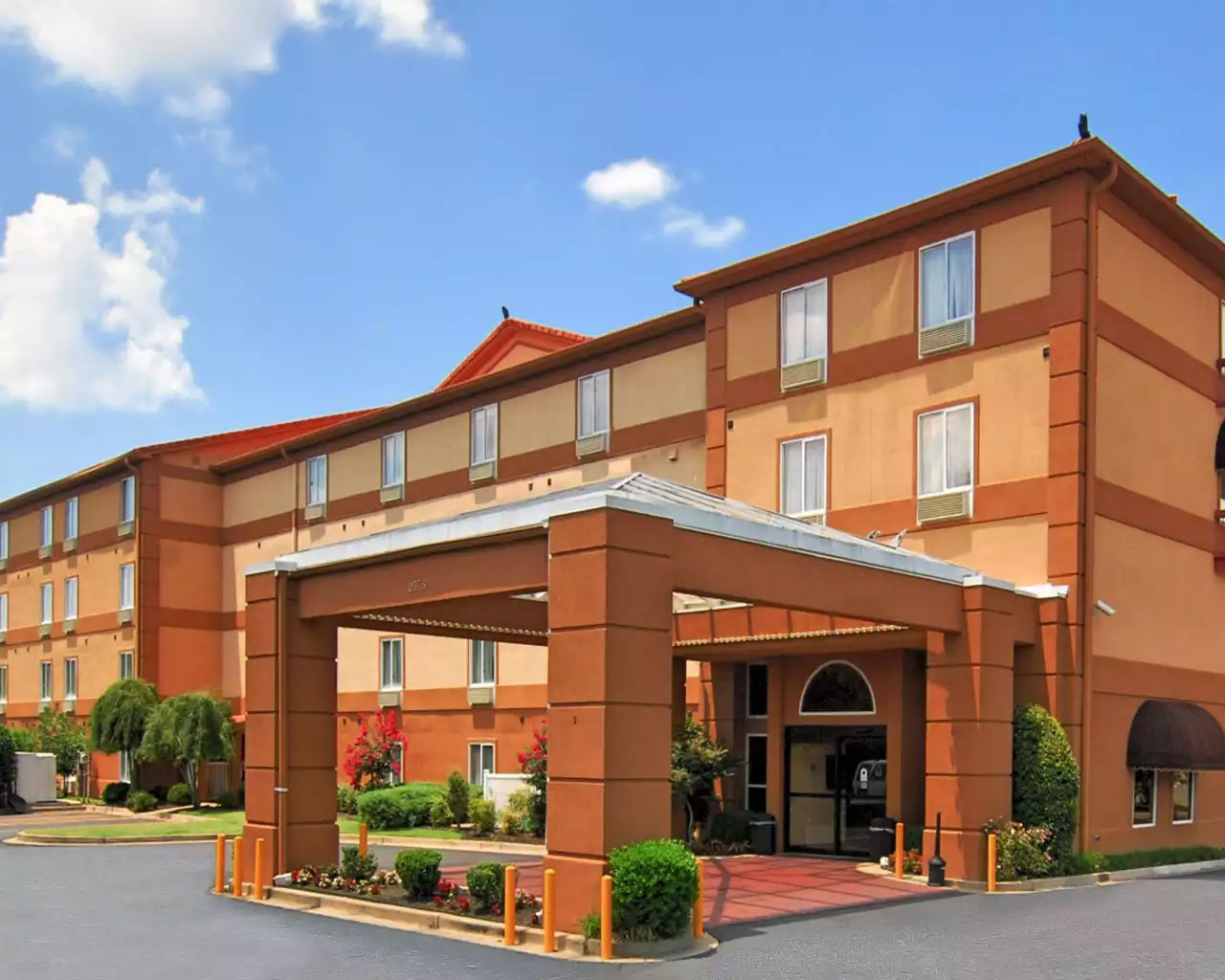 Quality Inn, Tn 38118