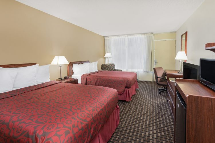 Days Inn Gretna New Orleans, LA 70053 near Louis Armstrong New Orleans International Airport  View Point 3